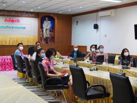 ร่วมประชุมเพื่อร่วมกันพิจารณาข้อเสนอการเปลี่ยนแปลงในการพัฒนาฯ
